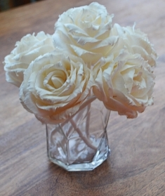 Premium English Rose with rope Approx 7 to 8 cm 6 flowers